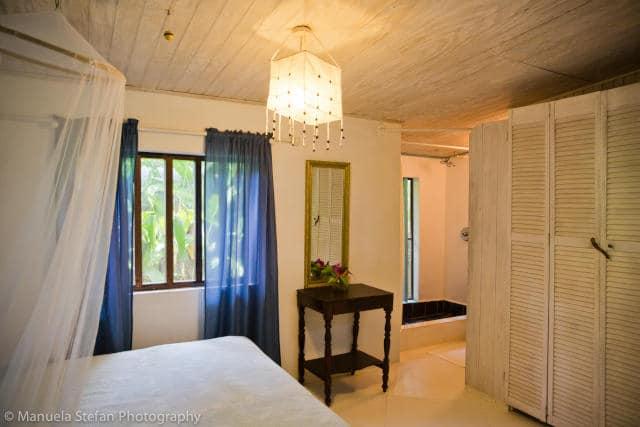 bedroom in calabash cottage balenbouche