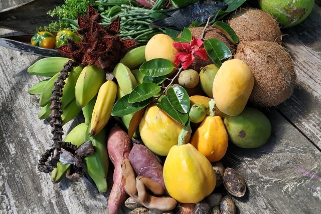 fruits and vegetables-min